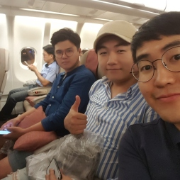 3 group in airplane